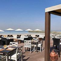 Bab Al Bahr Beach Bar & Grill - Outside terrace