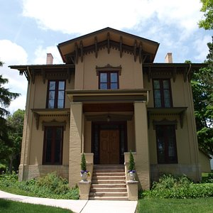 Tanner House Museum in Aurora, Ill.