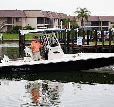 2015  27' Shearwater Twin 200 Four-strokes