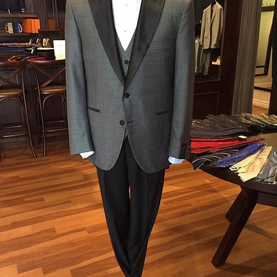 We offer unique ready-made off the rack suiting options that you won't find anywhere else!