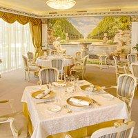 Welcome to Este Restaurant
