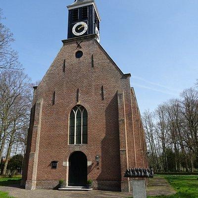 """""""Het 18de eeuwse Hervormde Kerkje  Schoorl uit het jaar 1783"""""""