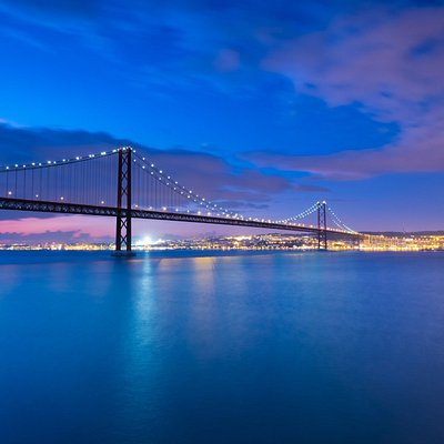 At our Cacilhas Photowalk you get the best views of the river, the city and the bridge