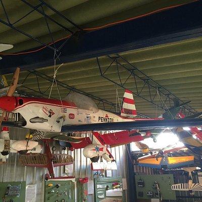 Modelos, aviones y talleres del Museo