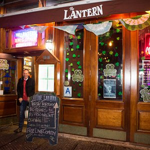 Free stand-up comedy shows every night at The Lantern Comedy Club