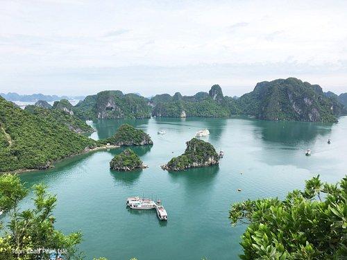 Halong bay - Titop island