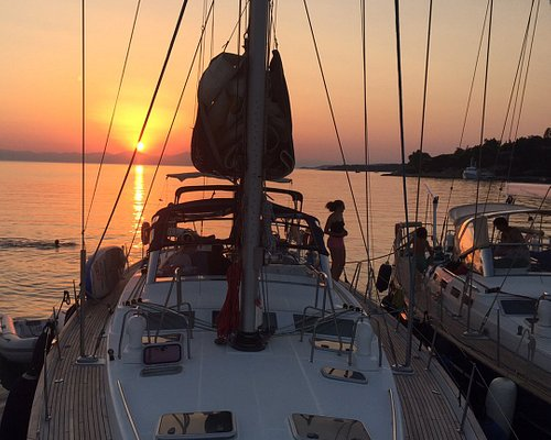 Tailor made sailing holiday in the Aegean Sea