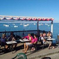 La terrasse du Big au soleil de l'après-midi