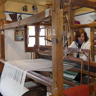 Único telar en Bubión La Alpujarra en donde se tejen la jarapas artesana en telar manual