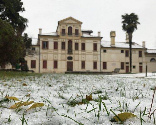 Nevicata a Villa Guidini.