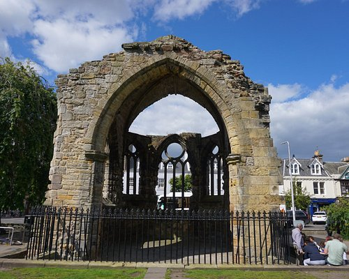 The remains of the vaulted apse of Blackfriar's Chapel