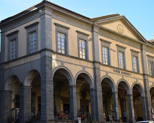 Piazza Luca Signorelli