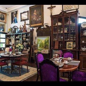 Villa Royale Antiques & Tearoom Thao Dien D2