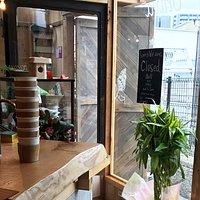 10-minute walk south of Jr Nara Station, the Hideaway Café
