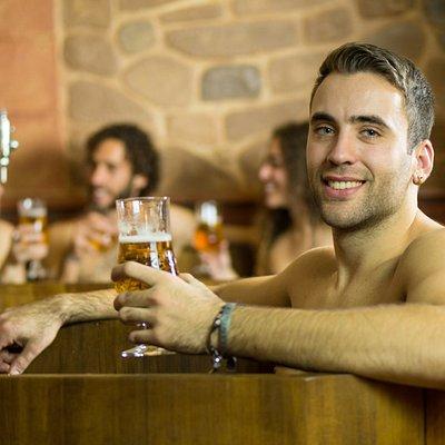 Bienvenidos a Beer Spa Granada, el primer spa de cerveza de España