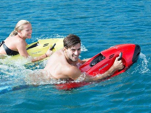 Nagez, plongez comme un dauphin avec nos Seabob/