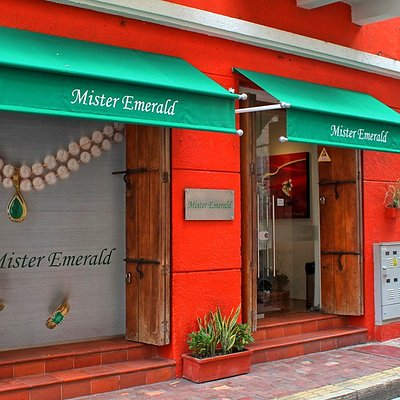 Mister Emerald Storefront, Cartagena, Colombia