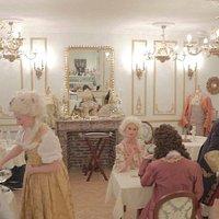 Dans les salons de la Marquise de Germansay