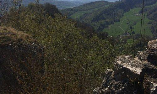 Sicht von der Frohburg ins Mittelland