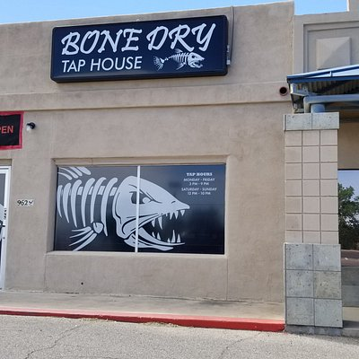 Bone Dry Tap House - The place to taste many beers!