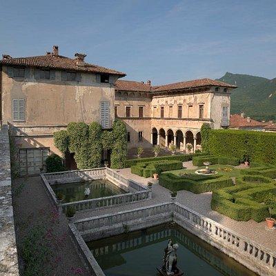 Veduta del giardino all'italiana (XVI° sec) Foto Mauro Magliani