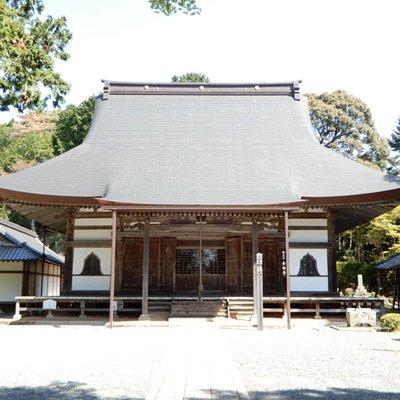 静寂な空間にある寺院