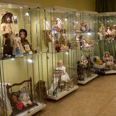Коллекция кукол 18-20 веков
