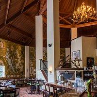 Compass Grill & Bar at Deerhurst Resort