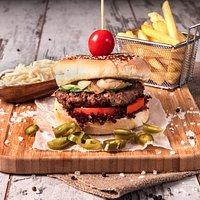 proper hommeda burger..