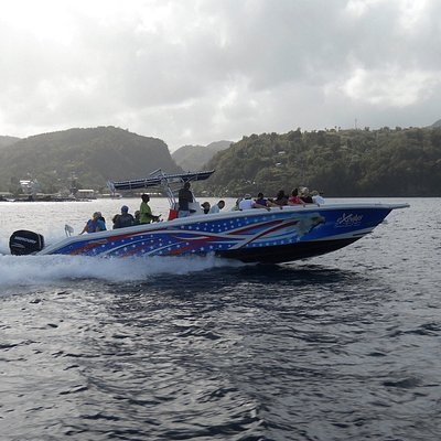 Speed boat enroute to soufriere