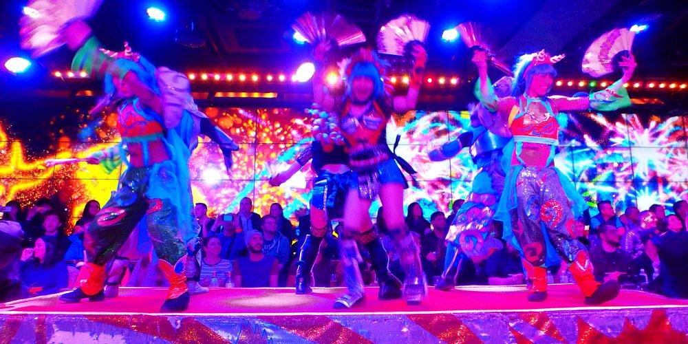 Dancers galore.