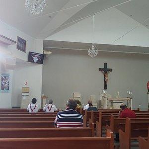 Igreja por dentro.