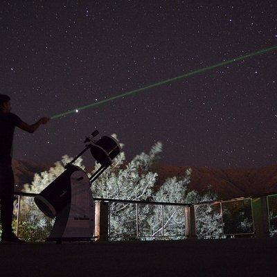 Co punteros láser dibujamos constelaciones!