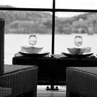 Brasserie le 50 : Vue sur le Lac Chambon