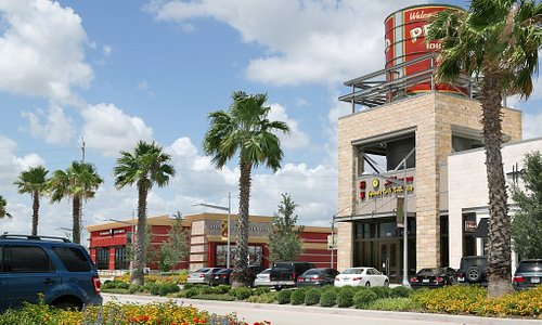 Major retailers and local shops offer unique shopping in Pearland