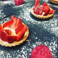 Tarte aux fraises, sorbet framboise