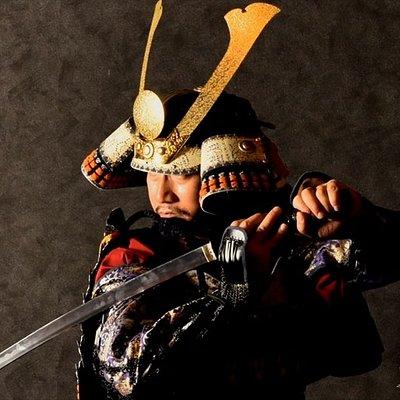 甲冑体験  Samurai armor experience