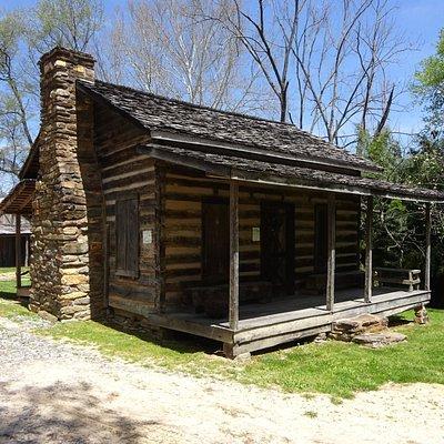 1860's Payne family log cabin