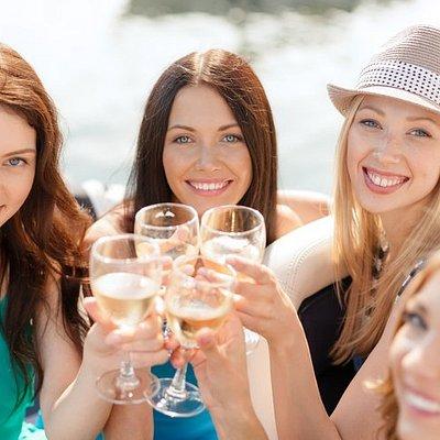 Cheers! to a fun, memorable & informative experience in the Okanagan with Cheers Okanagan Tours!