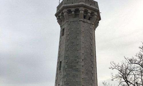 Phare du Mont Saint-Clair