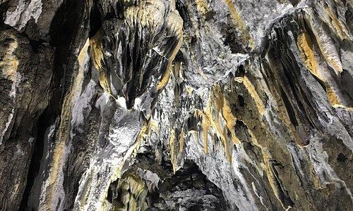 İnaltı Mağarası giriş ve Mağara içi
