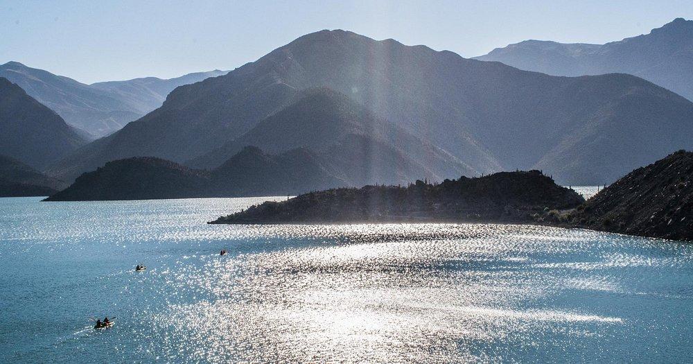 Travesía Kayak Puclaro donde conocerás la historia, flora y fauna , junto a increíbles panorámic