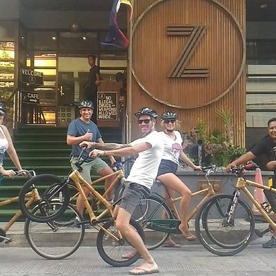 We typically organize groups of around 5 - 10 pax for Bambike Ecotours Makati