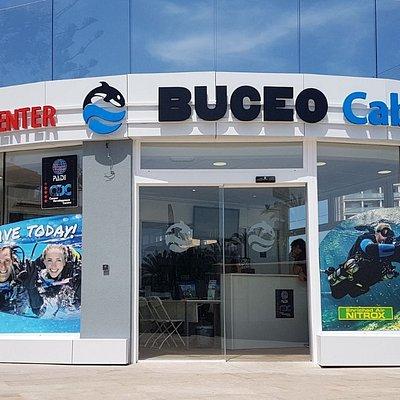 Centro de Buceo Cabo la Nao desde 1995 enseñando a bucear. Centro PADI 5 estrellas