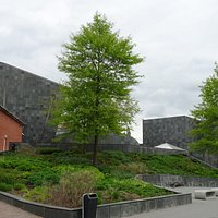 nieuwbouw Van Abbemuseum 2003;Abel Cahen