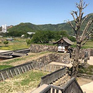 城山史跡公園(荒砥城跡)