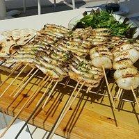 grigliata romagnola, sardoni, seppiolini radicchio con cipolla ,piada e buon Sangiovese ....