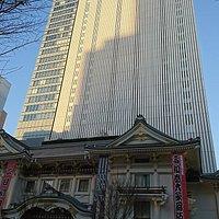 地上29階建ての超高層ビル