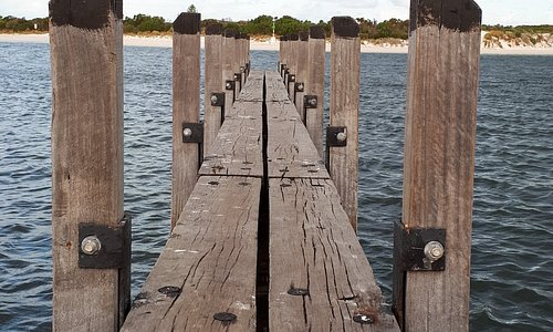 Jetty by boat ramp