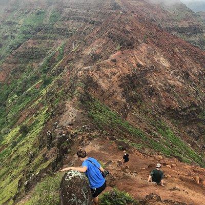 Hiking Kohua Ridge